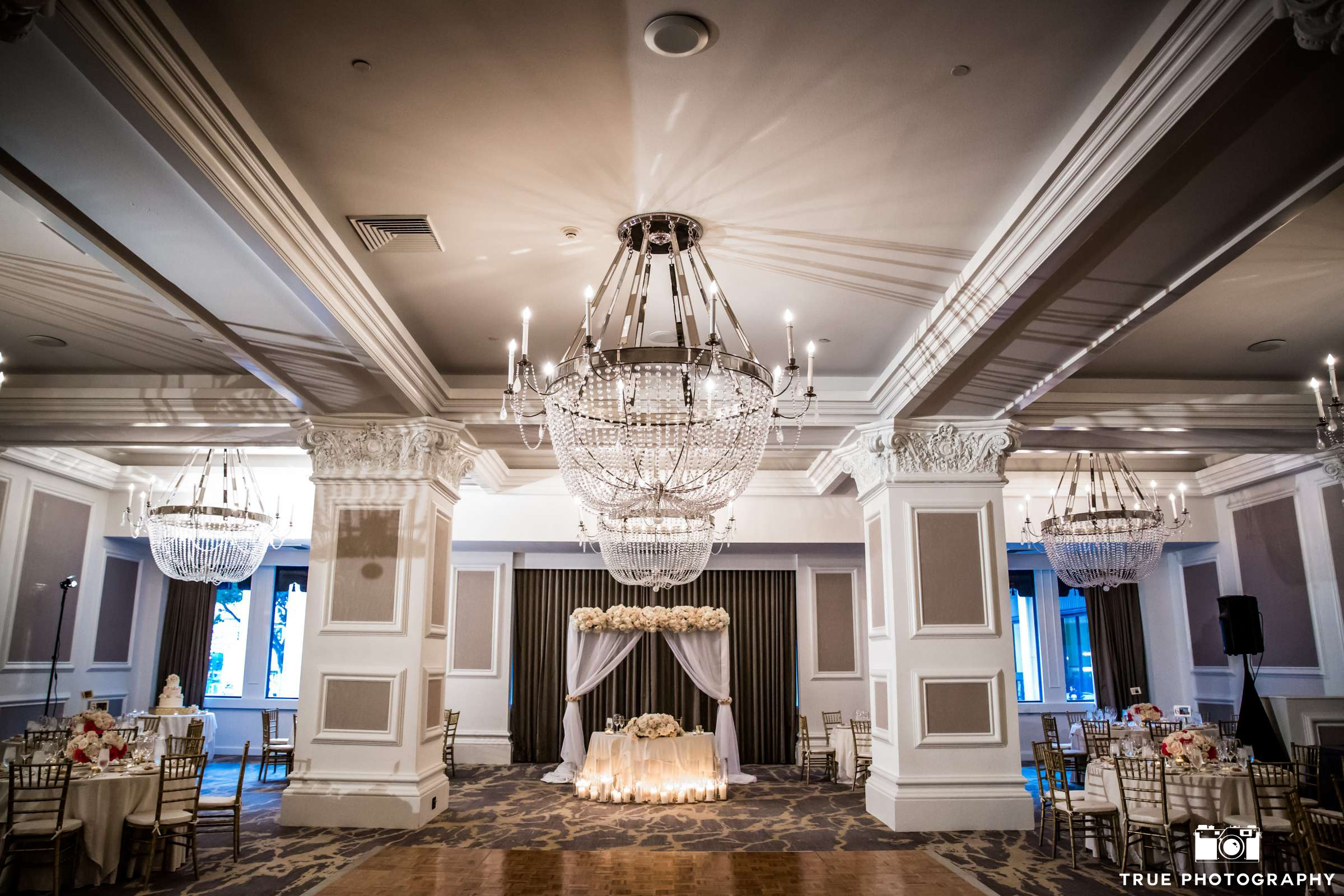 San Diego Wedding Venues - Palm Court